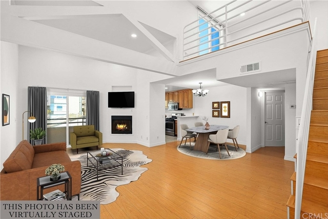 2 Bedrooms, Pico Rental in Los Angeles, CA for $5,200 - Photo 1