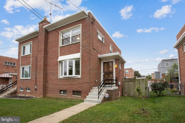 4 Bedrooms, Queens Chapel Rental in Baltimore, MD for $2,800 - Photo 1