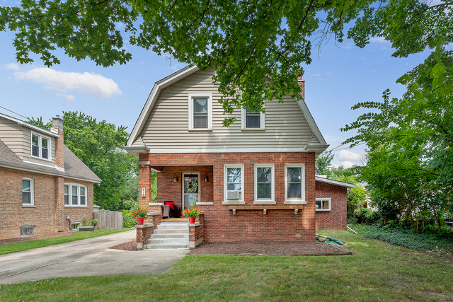 3 Bedrooms, Downers Grove Rental in Chicago, IL for $2,400 - Photo 1