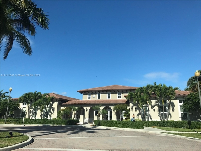 2 Bedrooms, Courts at Bayshore Rental in Miami, FL for $1,750 - Photo 1