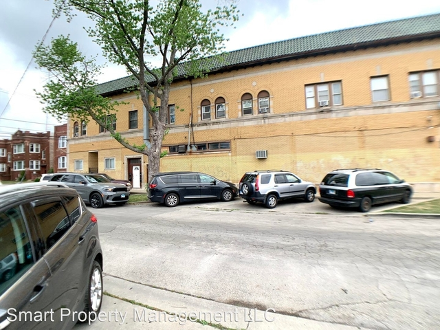 2 Bedrooms, Cragin Rental in Chicago, IL for $1,195 - Photo 1