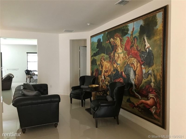4 Bedrooms, Kendale Lakes-Tamiami Rental in Miami, FL for $3,450 - Photo 1