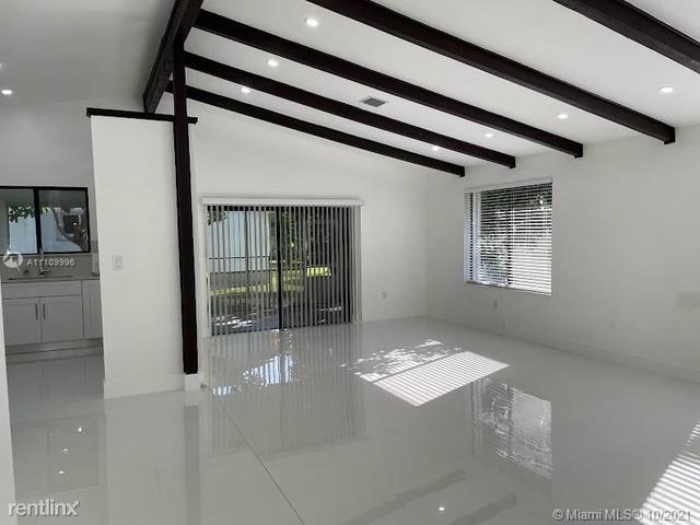 3 Bedrooms, Harriel Estates Rental in Miami, FL for $4,000 - Photo 1