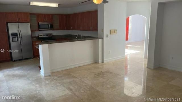5 Bedrooms, Doral Isles Rental in Miami, FL for $4,600 - Photo 1