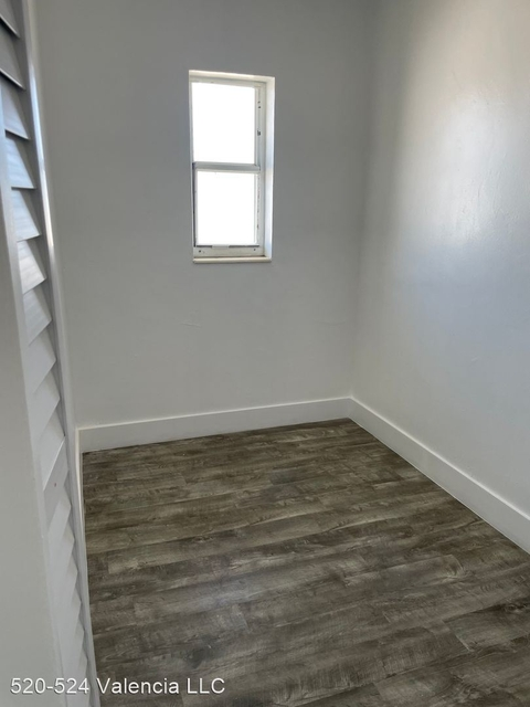 1 Bedroom, Houston Heights Rental in Miami, FL for $1,200 - Photo 1