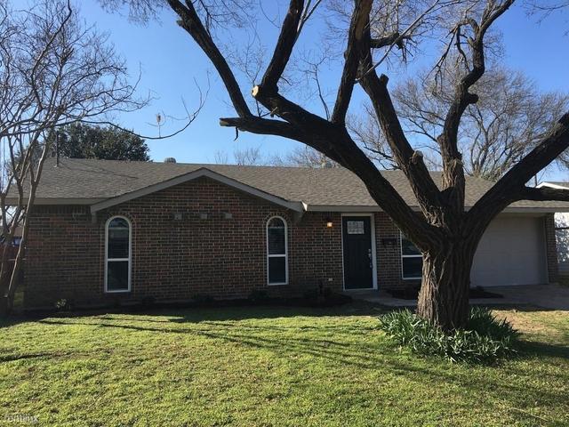 4 Bedrooms, Westwood Estates Rental in Denton-Lewisville, TX for $1,795 - Photo 1