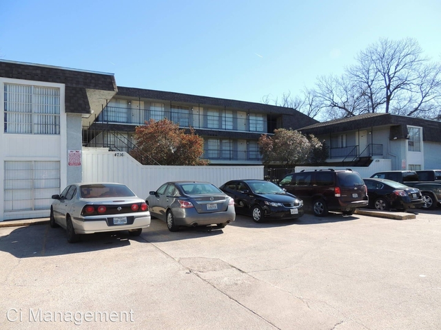 2 Bedrooms, Peak's Addition Rental in Dallas for $995 - Photo 1