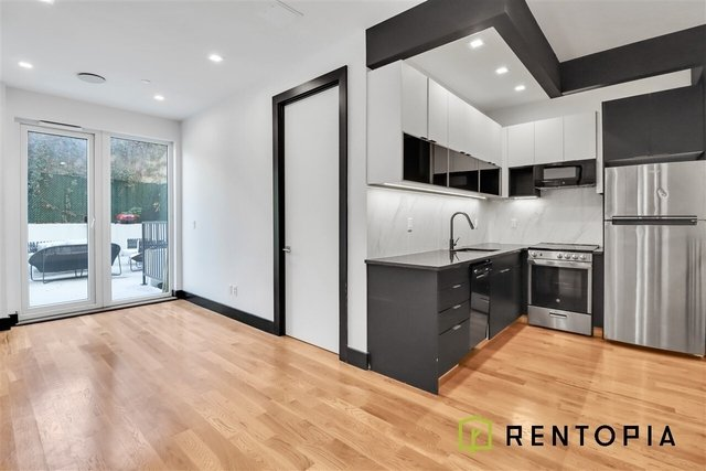 3 Bedrooms, East Williamsburg Rental in NYC for $5,559 - Photo 1
