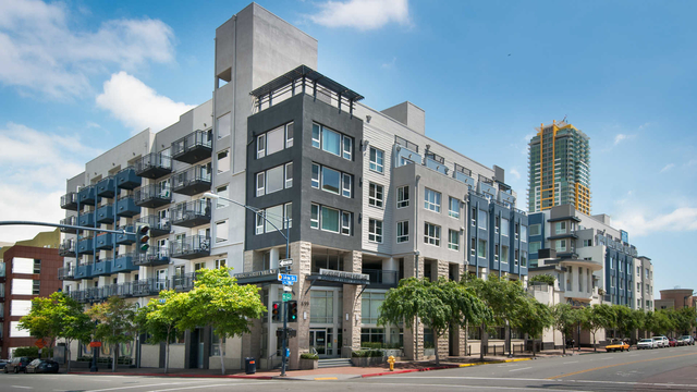 2 Bedrooms, East Village Rental in San Diego, CA for $3,048 - Photo 1