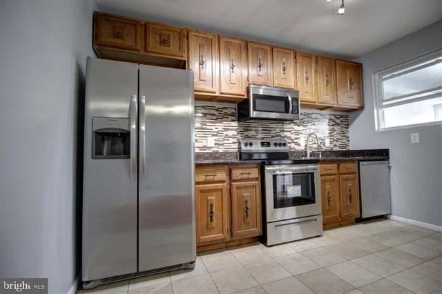 4 Bedrooms, Manor Park Rental in Baltimore, MD for $3,200 - Photo 1