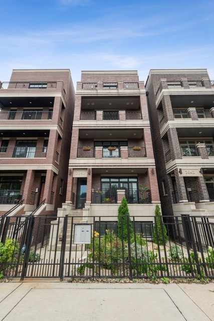 2 Bedrooms, Lincoln Park Rental in Chicago, IL for $4,500 - Photo 1