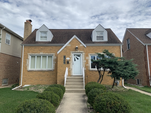 3 Bedrooms, Proviso Rental in Chicago, IL for $2,600 - Photo 1