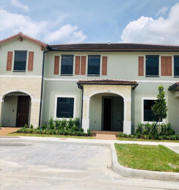 3 Bedrooms, Hialeah Rental in Miami, FL for $2,700 - Photo 1