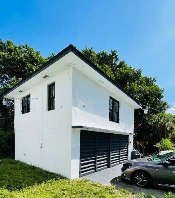 2 Bedrooms, Creole District Rental in Miami, FL for $1,400 - Photo 1