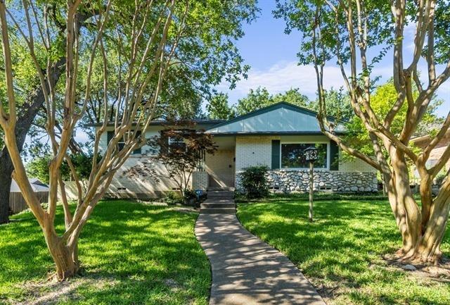 3 Bedrooms, Lake Highlands Estates Rental in Dallas for $2,750 - Photo 1