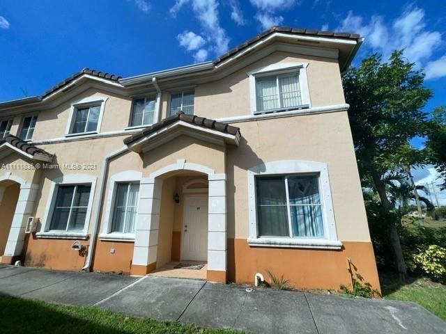 3 Bedrooms, Garden View Villas South Rental in Miami, FL for $2,600 - Photo 1