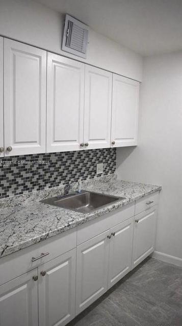 1 Bedroom, Kingsley at Century Village Rental in Miami, FL for $1,500 - Photo 1