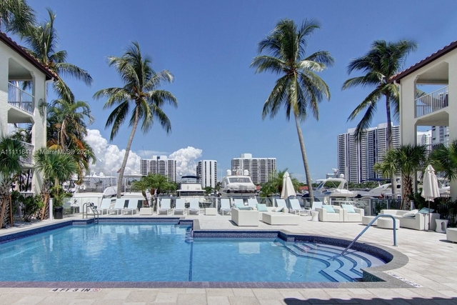3 Bedrooms, The Waterways Rental in Miami, FL for $3,494 - Photo 1