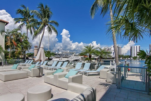 2 Bedrooms, The Waterways Rental in Miami, FL for $2,878 - Photo 1