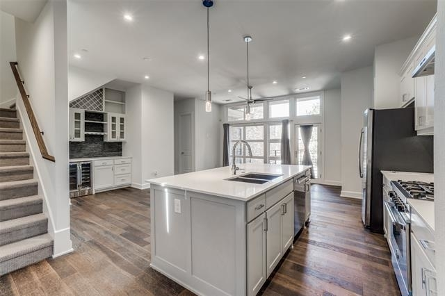 2 Bedrooms, Henderson Rental in Dallas for $2,999 - Photo 1