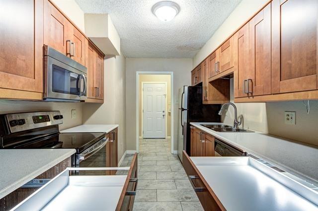 2 Bedrooms, Carole Estates Rental in Dallas for $1,400 - Photo 1