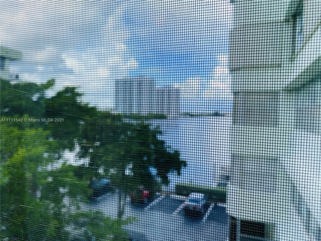 1 Bedroom, Eastern Shores Rental in Miami, FL for $1,800 - Photo 1