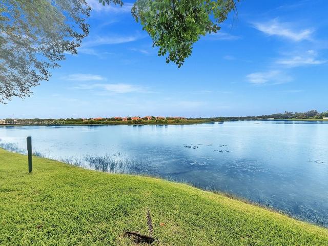 2 Bedrooms, Pembroke Lakes South Rental in Miami, FL for $2,300 - Photo 1