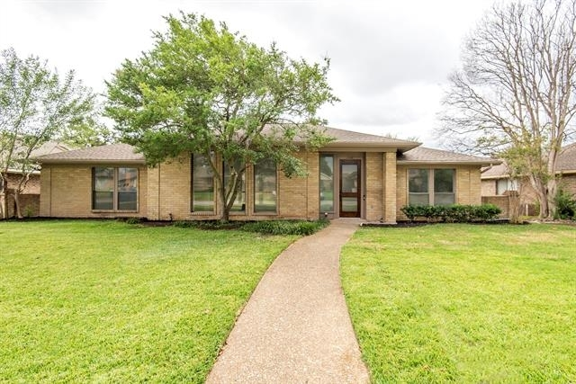 4 Bedrooms, River Bend East Rental in Dallas for $3,000 - Photo 1