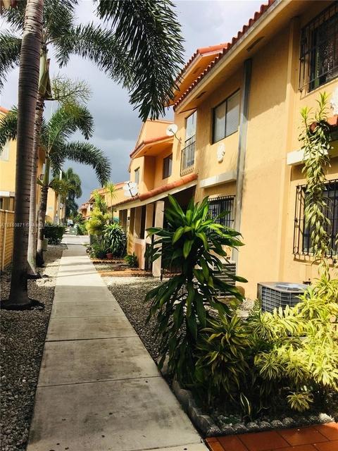 2 Bedrooms, Lago Grande Rental in Miami, FL for $1,700 - Photo 1