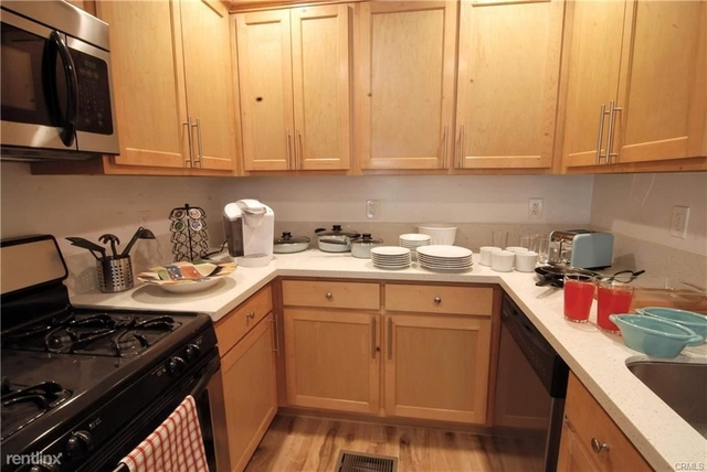 2 Bedrooms, Miracle Mile Rental in Los Angeles, CA for $3,095 - Photo 1