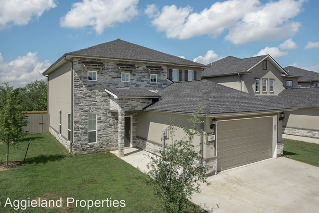 5 Bedrooms, South Brazos Rental in Bryan-College Station Metro Area, TX for $3,500 - Photo 1
