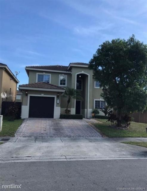 3 Bedrooms, Coral Reef Estates Rental in Miami, FL for $3,000 - Photo 1