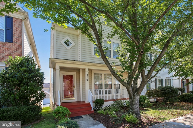 3 Bedrooms, Montgomery Rental in Washington, DC for $2,950 - Photo 1
