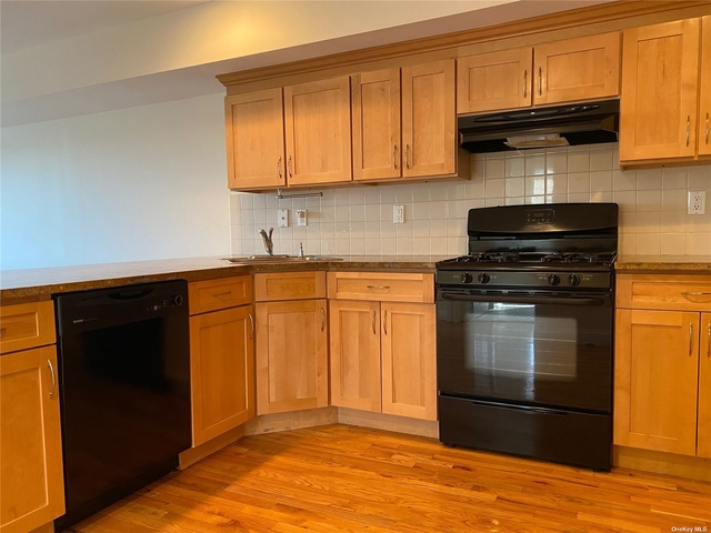 1 Bedroom, Oyster Bay Rental in Long Island, NY for $2,350 - Photo 1