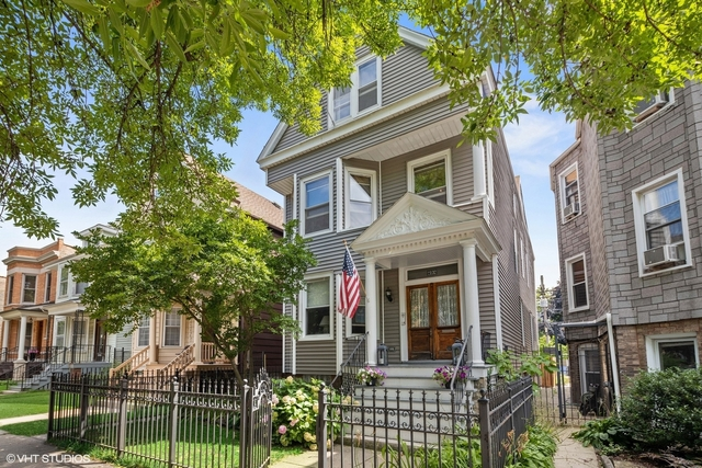 3 Bedrooms, North Center Rental in Chicago, IL for $2,400 - Photo 1