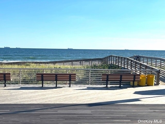 2 Bedrooms, Central District Rental in Long Island, NY for $3,300 - Photo 1