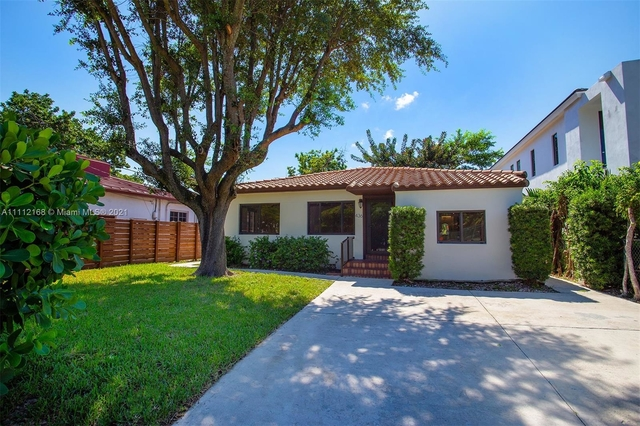 4 Bedrooms, Coral Way Rental in Miami, FL for $6,900 - Photo 1