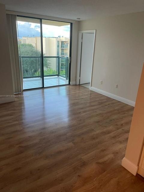 2 Bedrooms, International Gardens Rental in Miami, FL for $1,800 - Photo 1