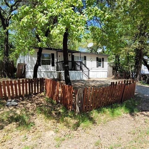 3 Bedrooms, Pelican Bay Rental in Dallas for $995 - Photo 1