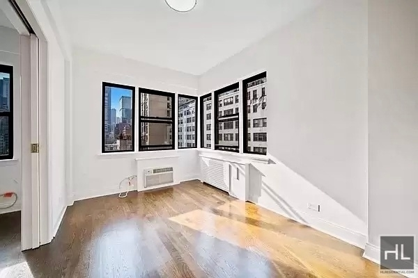 3 Bedrooms, Turtle Bay Rental in NYC for $8,750 - Photo 1