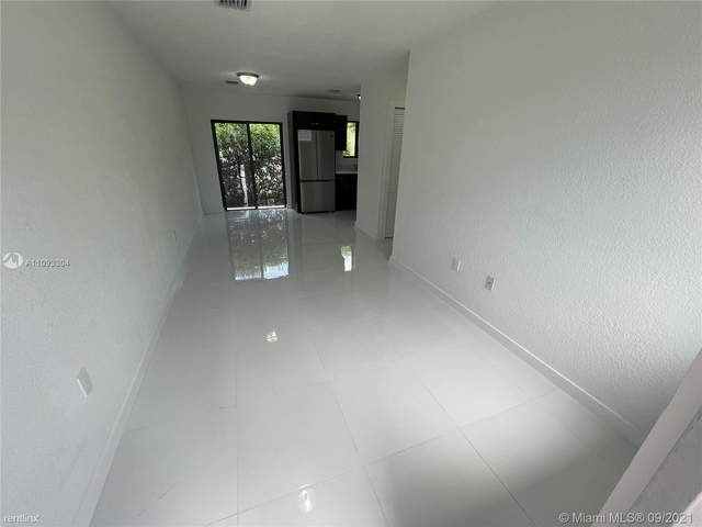 3 Bedrooms, Pinewood Park North Rental in Miami, FL for $2,500 - Photo 1