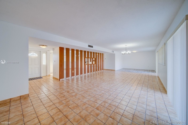 2 Bedrooms, Coral Highlands Rental in Miami, FL for $2,400 - Photo 1