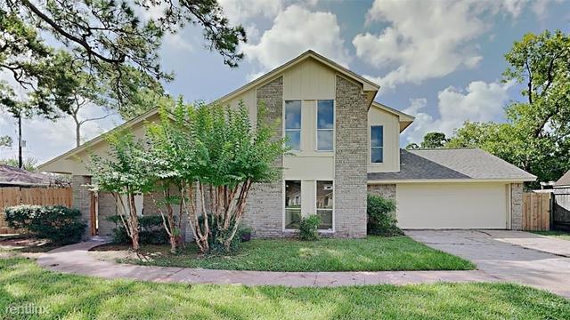 3 Bedrooms, Pinehurst Rental in Houston for $2,320 - Photo 1