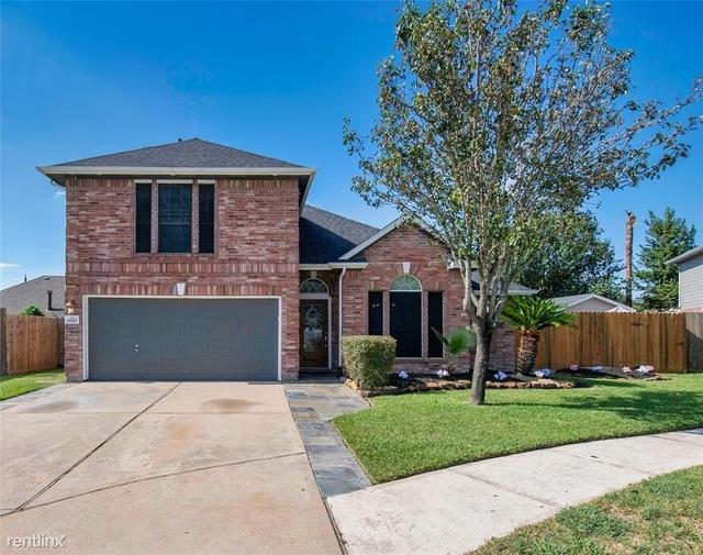 5 Bedrooms, Southbelt - Ellington Rental in Houston for $2,820 - Photo 1