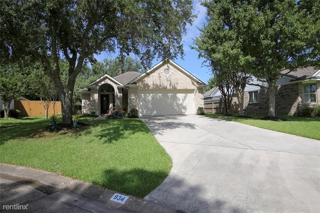 2 Bedrooms, Alvin-Pearland Rental in Houston for $2,500 - Photo 1