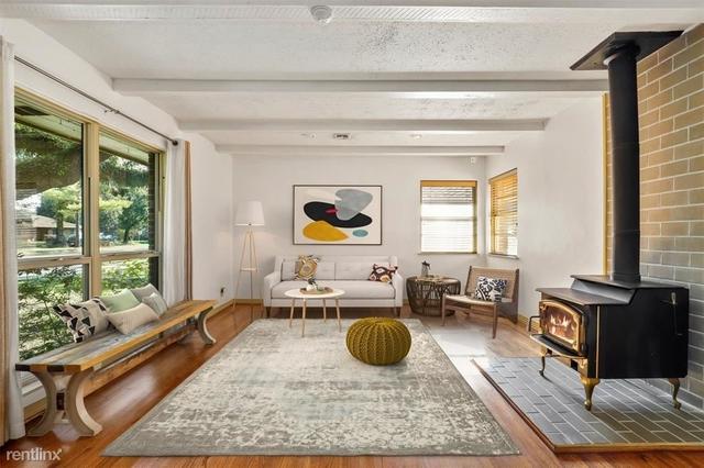 3 Bedrooms, Oak Forest Rental in Houston for $2,730 - Photo 1