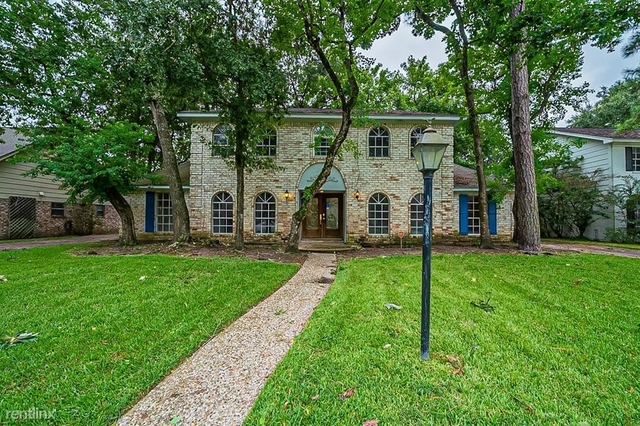 4 Bedrooms, Lakewood Forest Rental in Houston for $2,630 - Photo 1