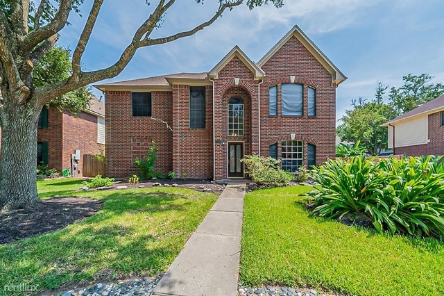 4 Bedrooms, The Oaks of Clear Creek Rental in Houston for $2,860 - Photo 1