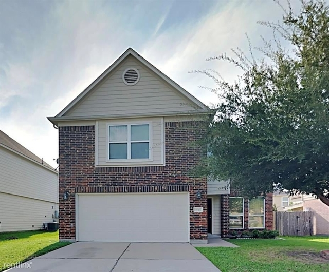 4 Bedrooms, Ricewood Village Rental in Houston for $2,400 - Photo 1