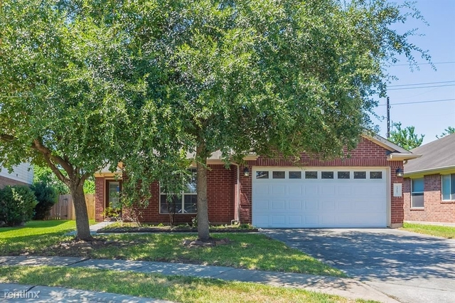 3 Bedrooms, Villages on Grant Rental in Houston for $2,340 - Photo 1